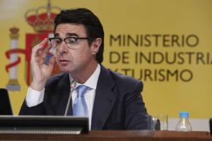 El ministro Soria solicitó la suspensión cautelar de la ley de autoconsumo eléctrico de Murcia