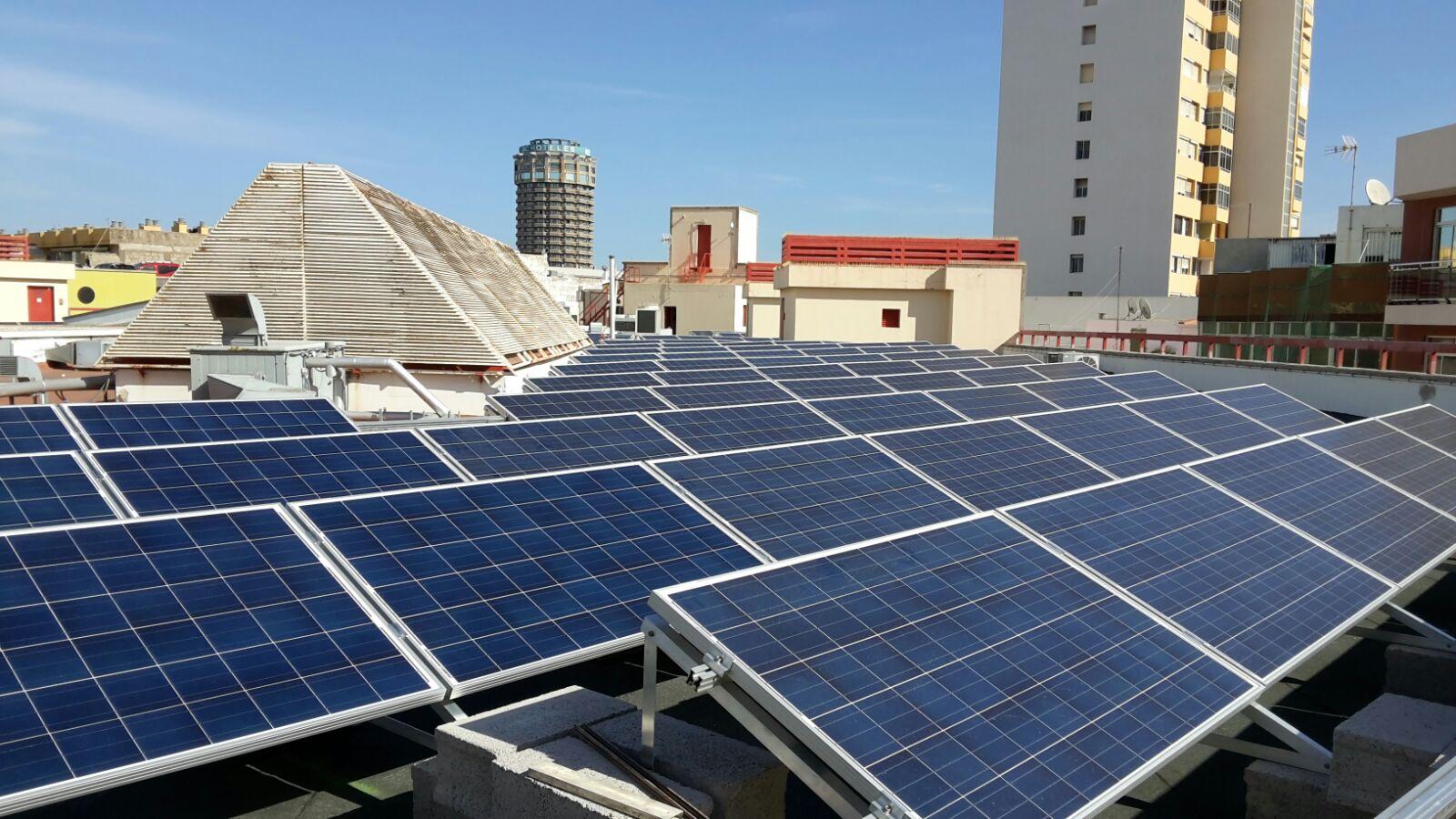 Instalacion placa solar affordable instalacion de placas solares en ferysan with instalacion - Instalador de placas solares ...